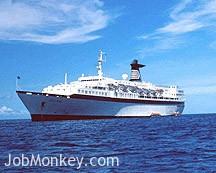 cruise ship job photo